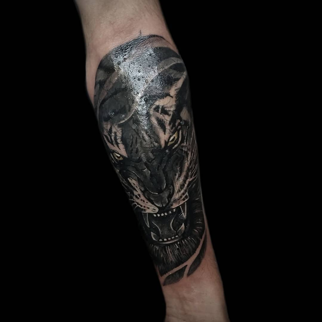 Coverup Tiger Tattoo by Sumina Shrestha, Tattoo in Nepal